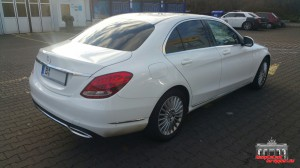 Mercedes C Klasse Pearl White Hauptstadt Wrapper (1)