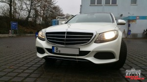 Mercedes C Klasse Pearl White Hauptstadt Wrapper (5)