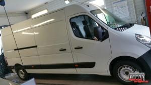 Renault Master Holzkohle Metallic Hauptstadt Wrapper (1)