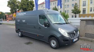 Renault Master Holzkohle Metallic Hauptstadt Wrapper (4)