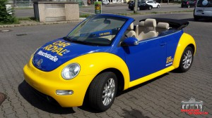VW Beetle Folierung Car Wrapping Gelb Blau Car Royal (13)